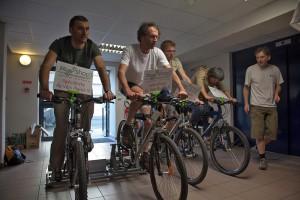 Production d'électricité depuis 4 vélos